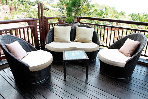 Custom outdoor cushions for a decking furniture suite